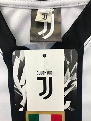 3aadf7a81 Pronti per indossare la maglia di Cristiano Ronaldo  Mancano poche  settimane all inizio del Campionato Italiano di calcio