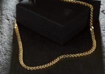 collana-oro-amazon